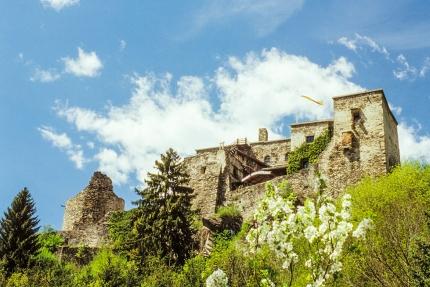 Burg Sommeregg in Seeboden – Urlaub in Kärnten am See – Seevilla Leitner – Ferienhaus am Millstätter See