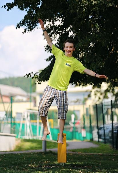 Slackline am Millstätter See beim Schwesterhotel Sporthotel ROYAL X – Urlaub im Ferienhaus – Ferienhaus am See – Seevilla Leitner – Urlaub in Kärnten am See