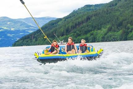 Sofa fahren am Millstätter See beim Schwesterhotel Sporthotel ROYAL X – Urlaub im Ferienhaus – Ferienhaus am See – Seevilla Leitner – Urlaub in Kärnten am See